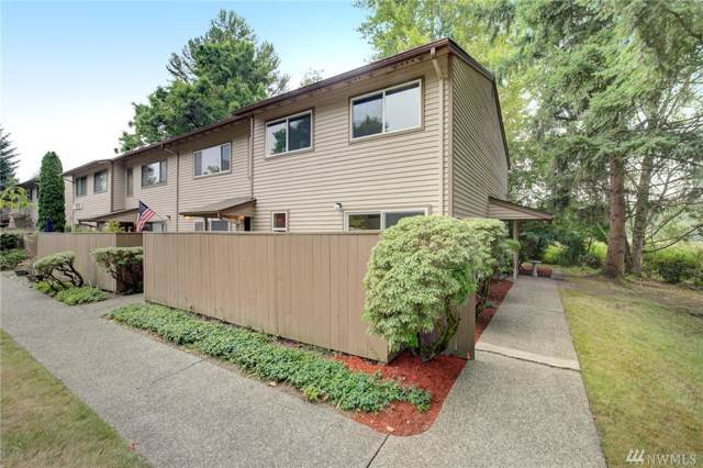 11331 SE 209th Lane #23, Kent, WA 98031 (#1503261) :: KW North Seattle