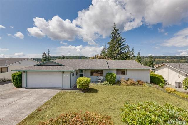 305 Mackenzie Dr, Camano Island, WA 98282 (#1503366) :: Northern Key Team