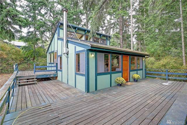 379 Glengarry Dr, Camano Island, WA 98282 (#1503564) :: Northern Key Team