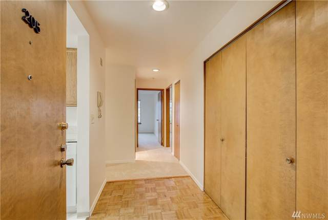 3421 SW Roxbury St #205, Seattle, WA 98126 (#1503716) :: Liv Real Estate Group