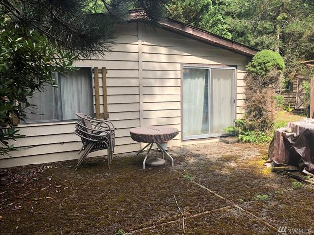 14812 262nd Ave SE, Issaquah, WA 98027 (#1504227) :: Real Estate Solutions Group
