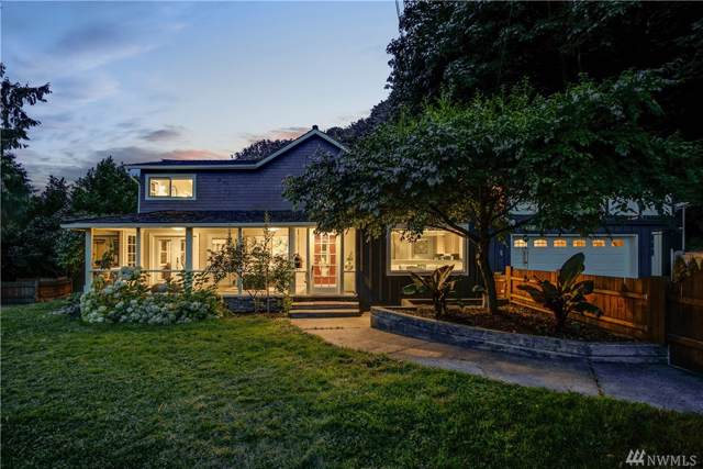 4003 17th Ave SW, Seattle, WA 98106 (#1504325) :: Alchemy Real Estate
