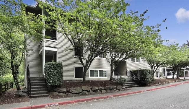 9822 NE 122nd St U-201, Kirkland, WA 98034 (#1504399) :: Chris Cross Real Estate Group