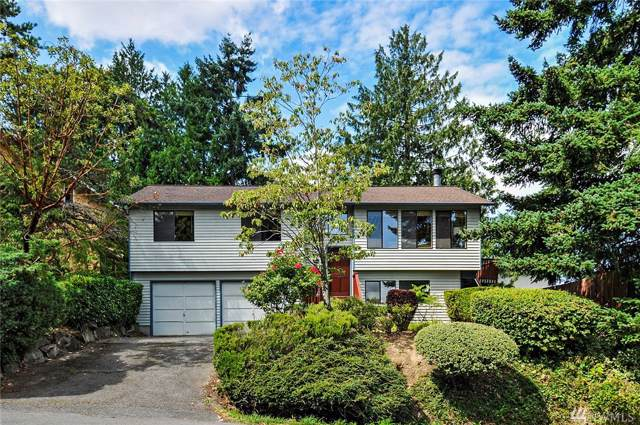 10355 32nd Ave NE, Seattle, WA 98125 (#1504569) :: Northern Key Team
