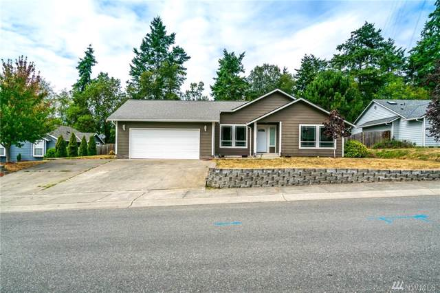 1560 SW 2nd Ct, Oak Harbor, WA 98277 (#1504607) :: The Kendra Todd Group at Keller Williams