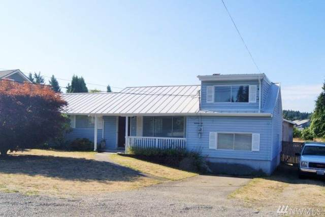 8716 36th St W, University Place, WA 98466 (#1504940) :: Priority One Realty Inc.