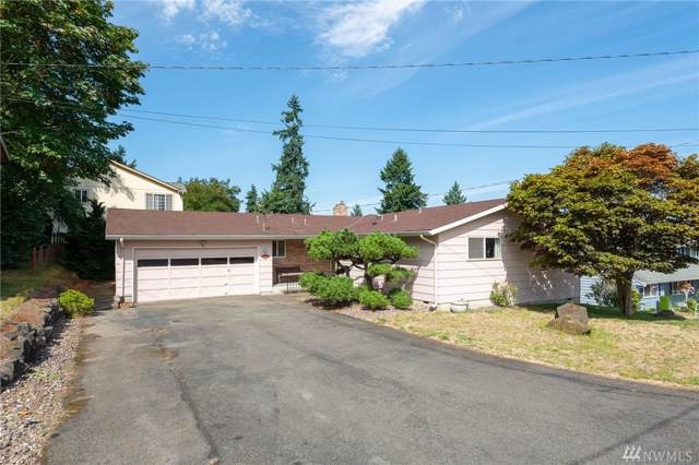 16031 40th Place S, SeaTac, WA 98188 (#1504975) :: The Kendra Todd Group at Keller Williams