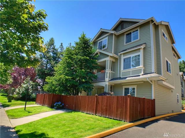 21416 50th Ave W #3, Mountlake Terrace, WA 98043 (#1505027) :: Keller Williams Western Realty