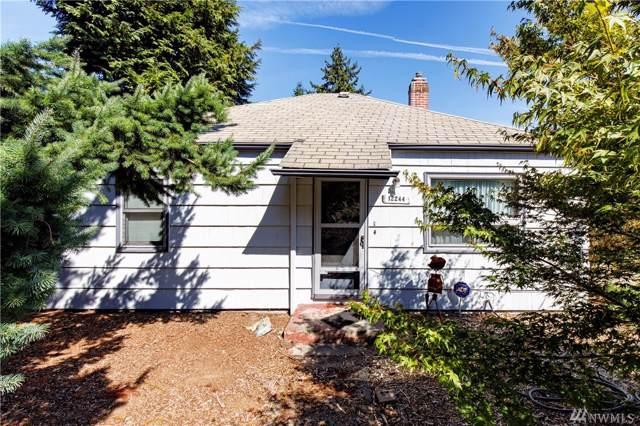 12244 16th Ave S, Burien, WA 98168 (#1505049) :: KW North Seattle