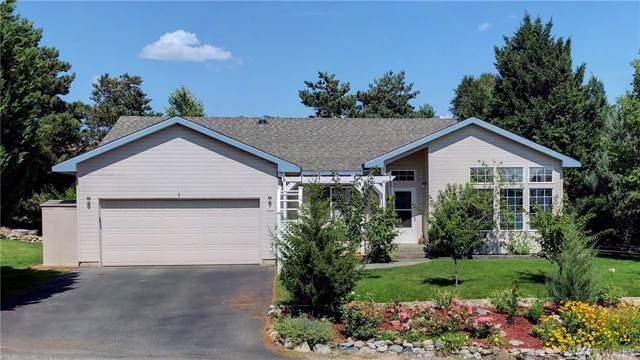 402 Hillcrest Circle Dr, Omak, WA 98841 (MLS #1505190) :: Nick McLean Real Estate Group