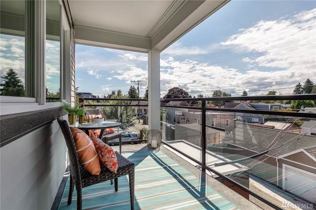 3717 California Ave SW #304, Seattle, WA 98116 (#1505247) :: Northern Key Team