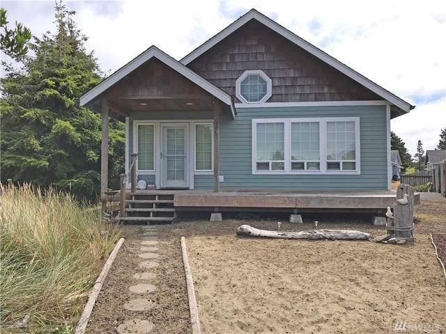 901 Cascade Ave SW, Ocean Shores, WA 98569 (#1505390) :: Ben Kinney Real Estate Team