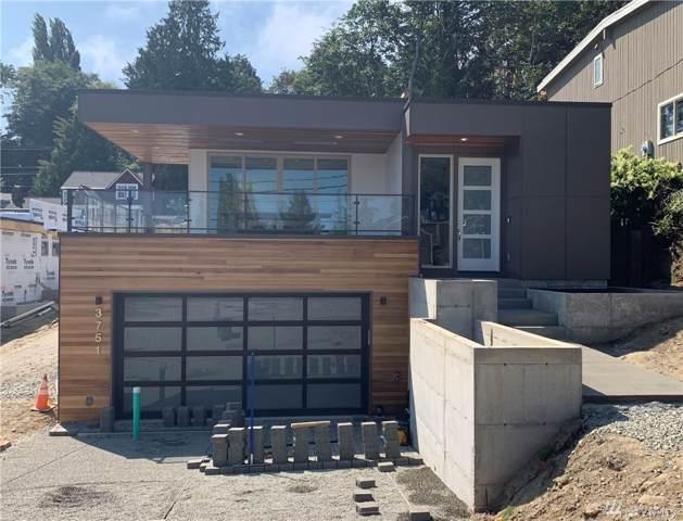 3751 W Commodore Wy, Seattle, WA 98199 (#1505406) :: Alchemy Real Estate