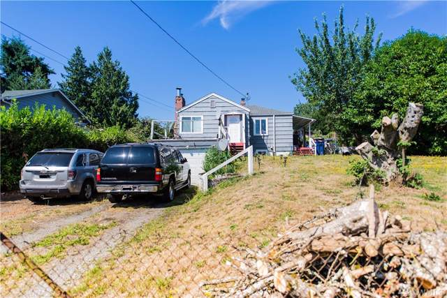 11011 18th Ave SW, Seattle, WA 98146 (#1505477) :: TRI STAR Team   RE/MAX NW