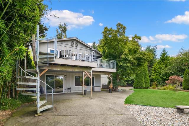 8402 6th Ave SW, Seattle, WA 98103 (#1505808) :: Real Estate Solutions Group