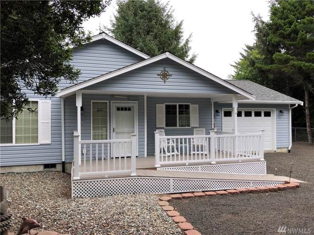 262 Calawah St SW, Ocean Shores, WA 98569 (#1505887) :: Ben Kinney Real Estate Team