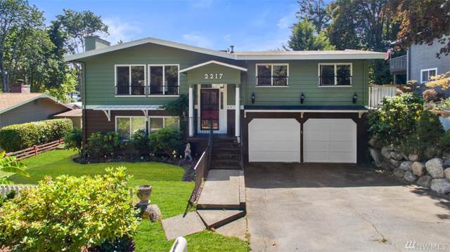 2217 SW 346th St, Federal Way, WA 98023 (#1505908) :: KW North Seattle