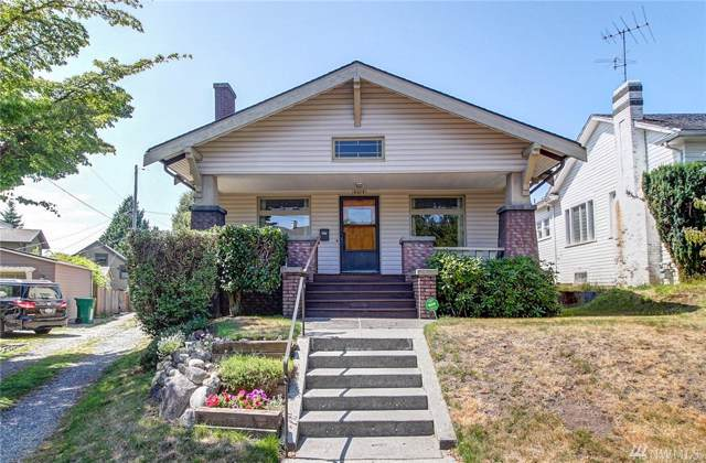 6313 14th Ave NE, Seattle, WA 98115 (#1506011) :: KW North Seattle