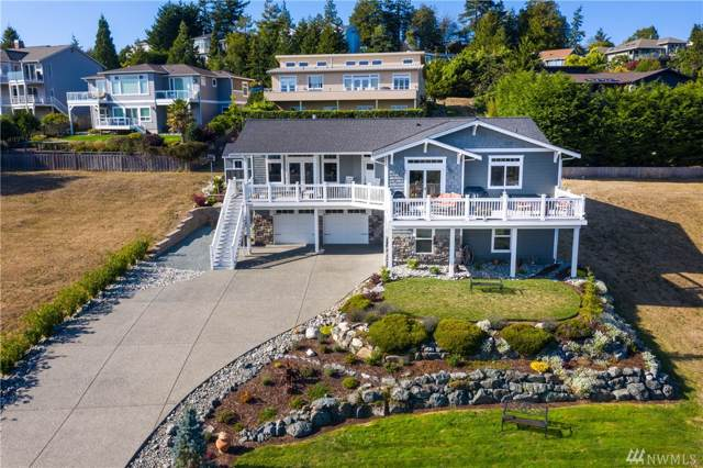4514 Queen Ann Wy, Anacortes, WA 98221 (#1506016) :: Northwest Home Team Realty, LLC