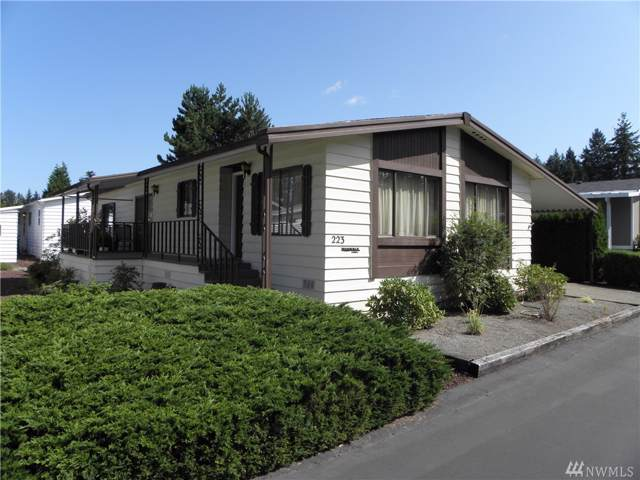620 112th St SE #223, Everett, WA 98208 (#1506045) :: The Robinett Group