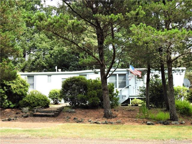 32316 N Place, Ocean Park, WA 98640 (#1506054) :: Kimberly Gartland Group