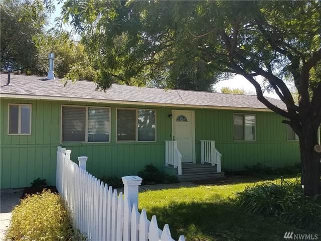 1410 N Brook Ct, Ellensburg, WA 98926 (#1506160) :: Ben Kinney Real Estate Team