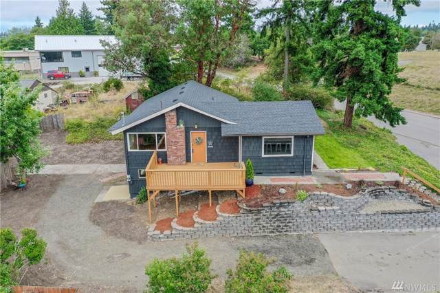 2711 Wheaton Wy, Bremerton, WA 98310 (#1506316) :: Mike & Sandi Nelson Real Estate