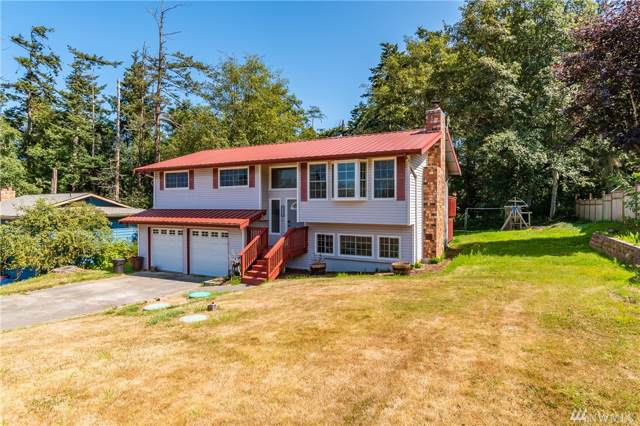 2332 Happy Lane, Oak Harbor, WA 98277 (#1506783) :: Real Estate Solutions Group