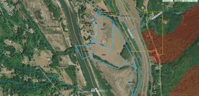 1955 S Huntington, Castle Rock, WA 98611 (MLS #1506809) :: Brantley Christianson Real Estate