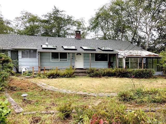1702 30th St, Seaview, WA 98644 (#1506903) :: McAuley Homes
