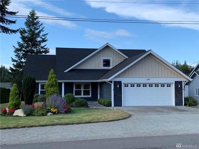 281 Prestwick Dr, Camano Island, WA 98282 (#1507148) :: Ben Kinney Real Estate Team