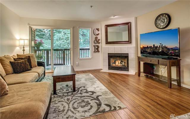 515 Newport Wy NW B2, Issaquah, WA 98027 (#1507168) :: Liv Real Estate Group