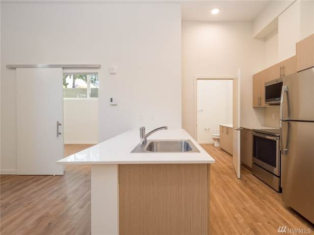 121 12th Ave E #100, Seattle, WA 98102 (#1507280) :: Costello Team