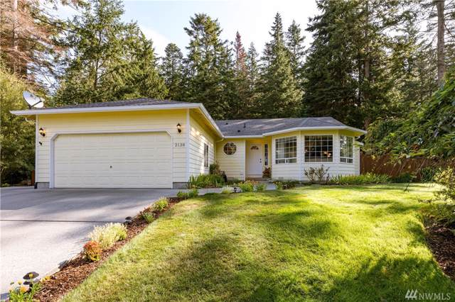 2138 Viewcrest Place, Oak Harbor, WA 98277 (#1507284) :: The Kendra Todd Group at Keller Williams
