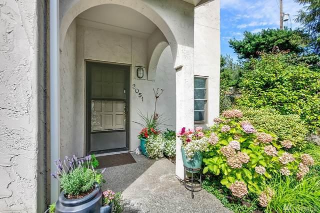 2051 Minor Ave E, Seattle, WA 98102 (#1507296) :: Sweet Living