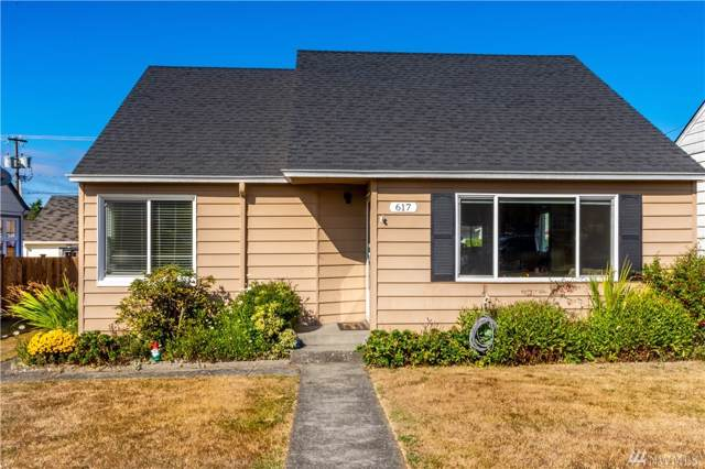 617 E 9th, Port Angeles, WA 98362 (#1507399) :: Keller Williams Realty Greater Seattle