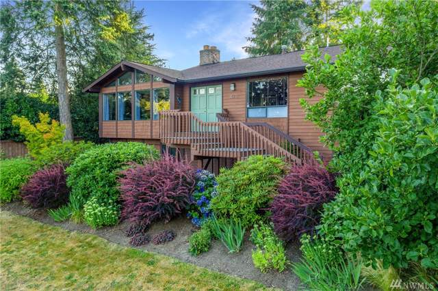 15711 38th Ave NE, Lake Forest Park, WA 98155 (#1507527) :: The Kendra Todd Group at Keller Williams