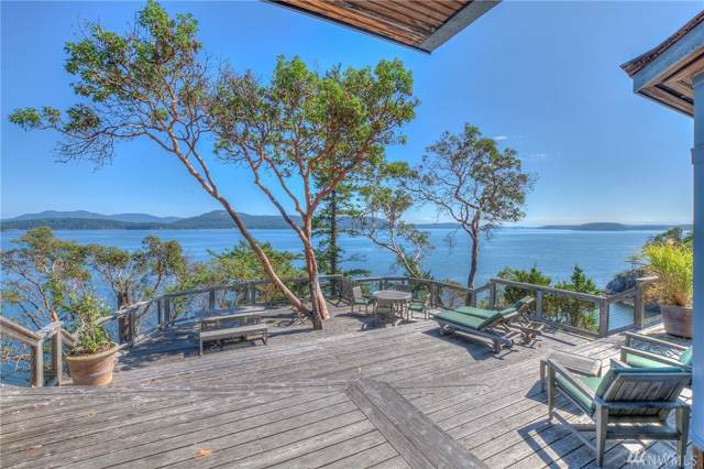 155 Renaissance Rd, Orcas Island, WA 98280 (#1508159) :: Real Estate Solutions Group
