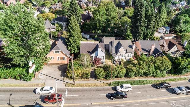7834 Lake City Wy NE, Seattle, WA 98115 (#1508231) :: Keller Williams Western Realty