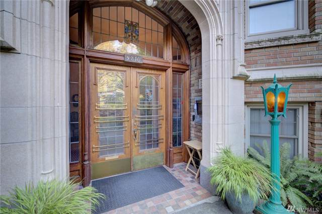 5810 Cowen Place NE #404, Seattle, WA 98105 (#1508395) :: Canterwood Real Estate Team