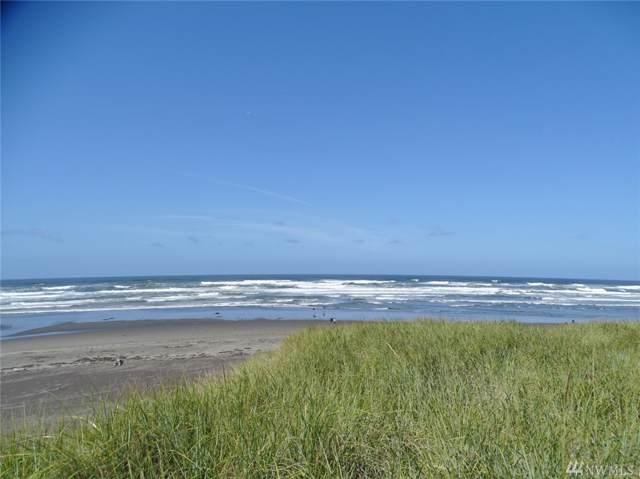 1449 Ocean Shores Blvd SW, Ocean Shores, WA 98569 (#1508410) :: Kimberly Gartland Group