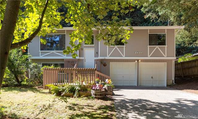 2401 NE 178th St, Shoreline, WA 98155 (#1508646) :: McAuley Homes