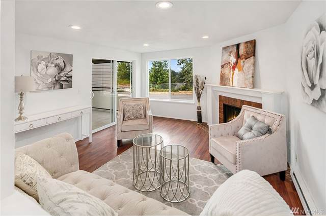 2613 NE 4th St #222, Renton, WA 98056 (#1508688) :: Real Estate Solutions Group