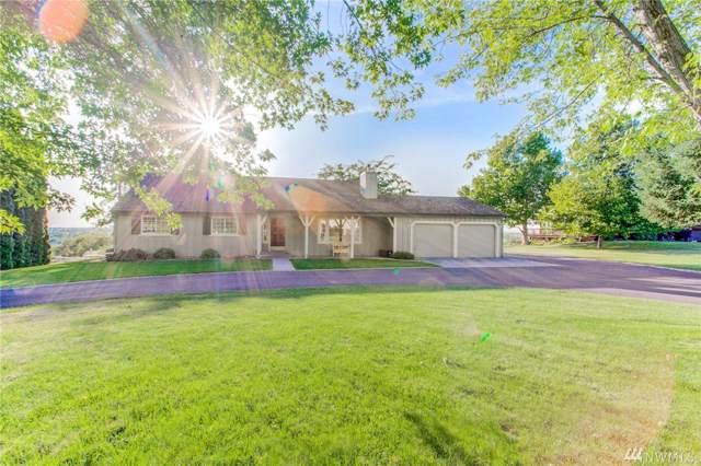4844 NE Bluff Dr, Moses Lake, WA 98837 (#1508733) :: McAuley Homes