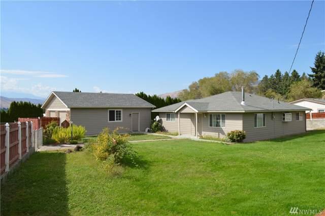 3310 NW Cascade Ave, East Wenatchee, WA 98802 (#1509436) :: Ben Kinney Real Estate Team