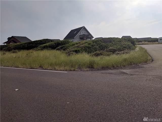 1270 Ocean Shores Blvd SW, Ocean Shores, WA 98569 (#1509478) :: Costello Team