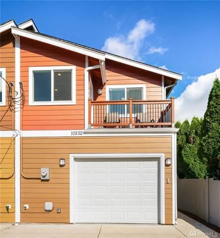 10252 17th Ave SW, Seattle, WA 98146 (MLS #1509633) :: Brantley Christianson Real Estate