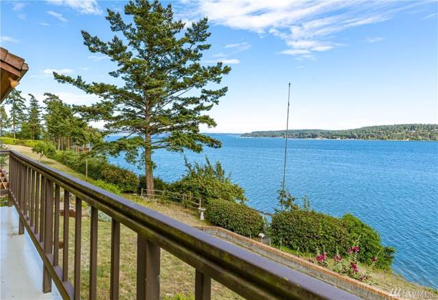 700 Scenic Heights Rd, Oak Harbor, WA 98277 (#1509719) :: The Kendra Todd Group at Keller Williams