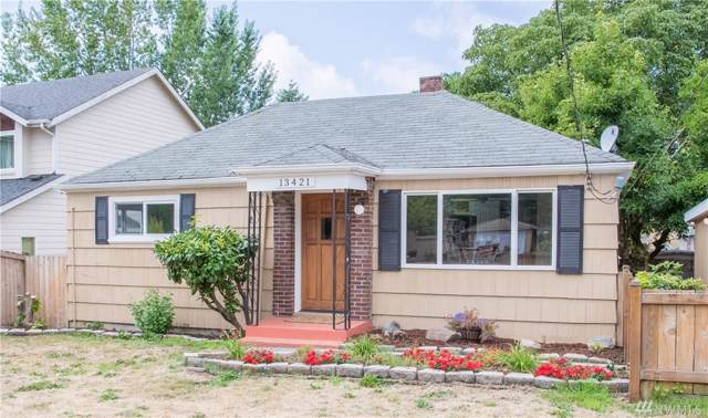 13421 2nd Ave S, Burien, WA 98168 (#1509776) :: Center Point Realty LLC