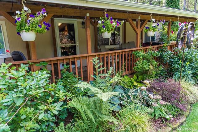 20 N Buckhorn Wy, Hoodsport, WA 98548 (#1509957) :: McAuley Homes